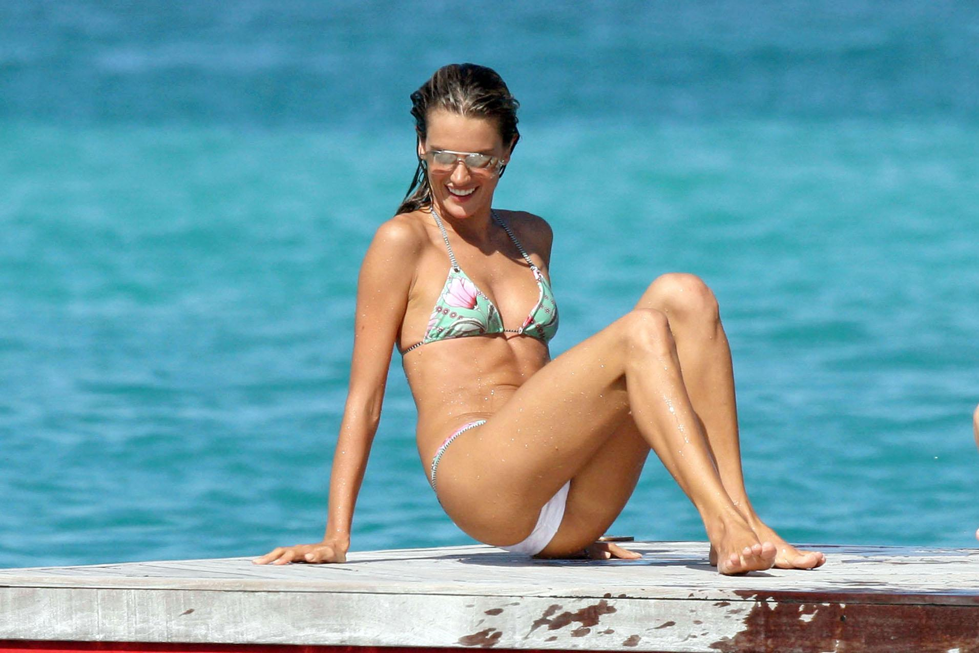 Alessandra ambrosio desnuda gratis