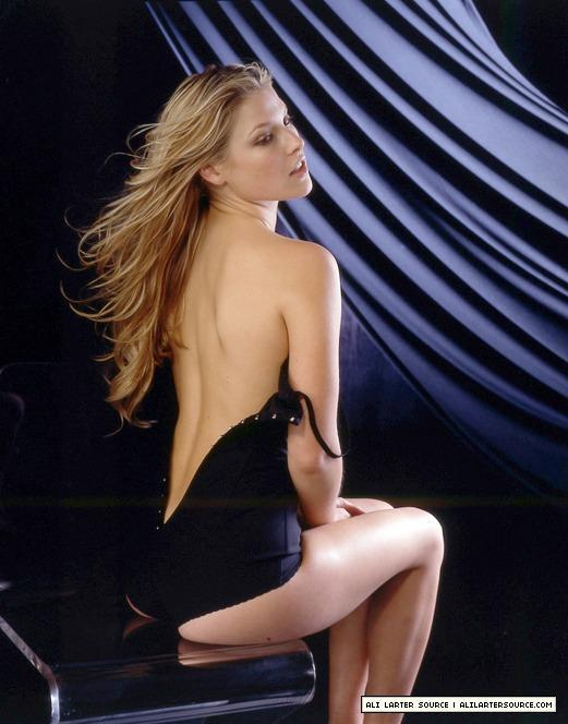 Big tittied fotos desnudas de ali larter her&nbsp