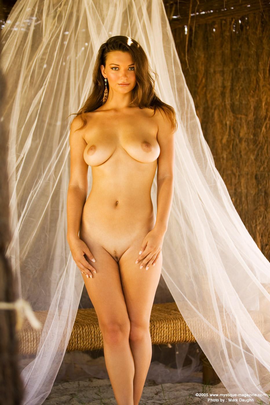 Fotos de desnudos de Aimee Teegarden filtradas en