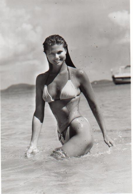La modelo Christie Brinkley posó desnuda y luce
