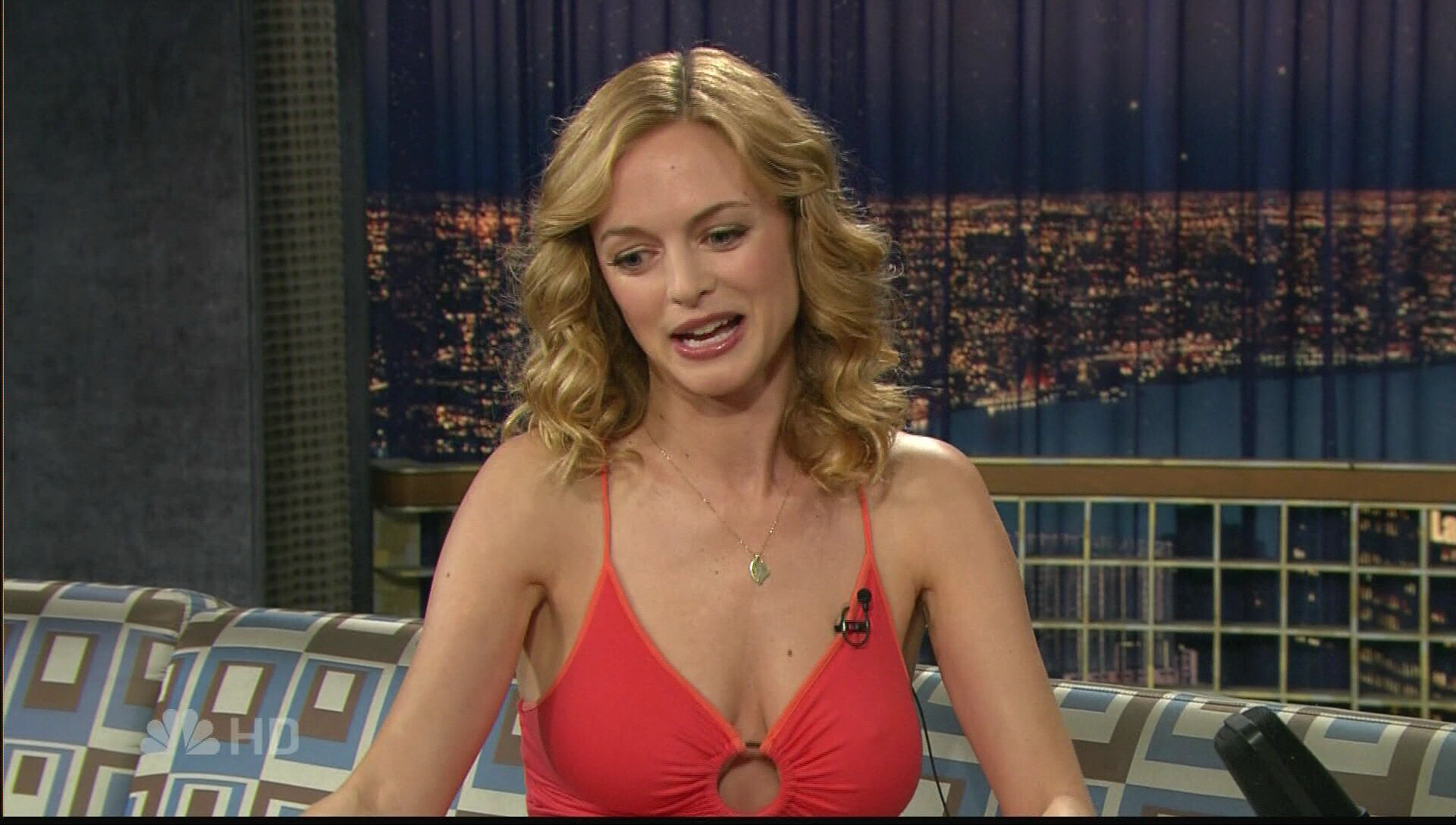 Heather Graham desnuda