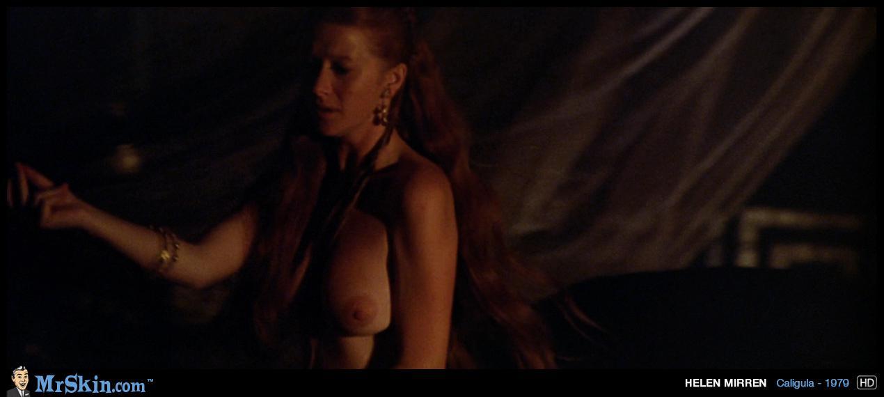 Helen Mirren desnuda en una escena del drama Age of