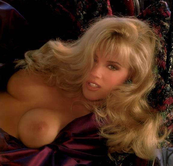Maduras famosas desnudas: Fotos de Jenny McCarthy 2
