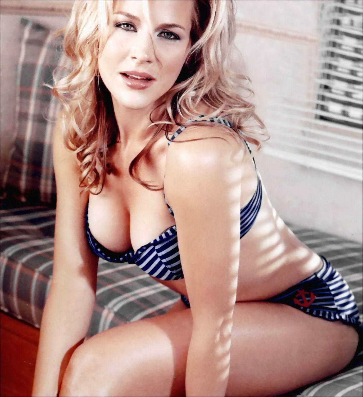 Has Julie Hagerty ever been nude? -