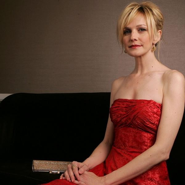 Have kathryn morris ever been topless will refrain