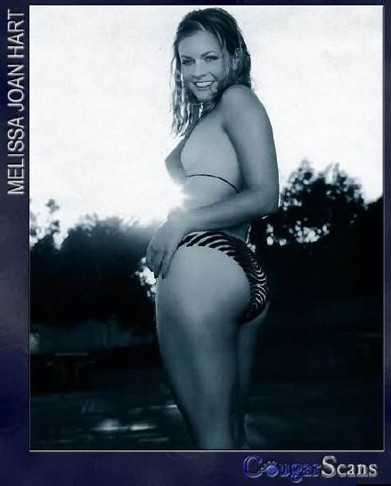 Melissa Joan Hart desnuda, regresa Sabrina a