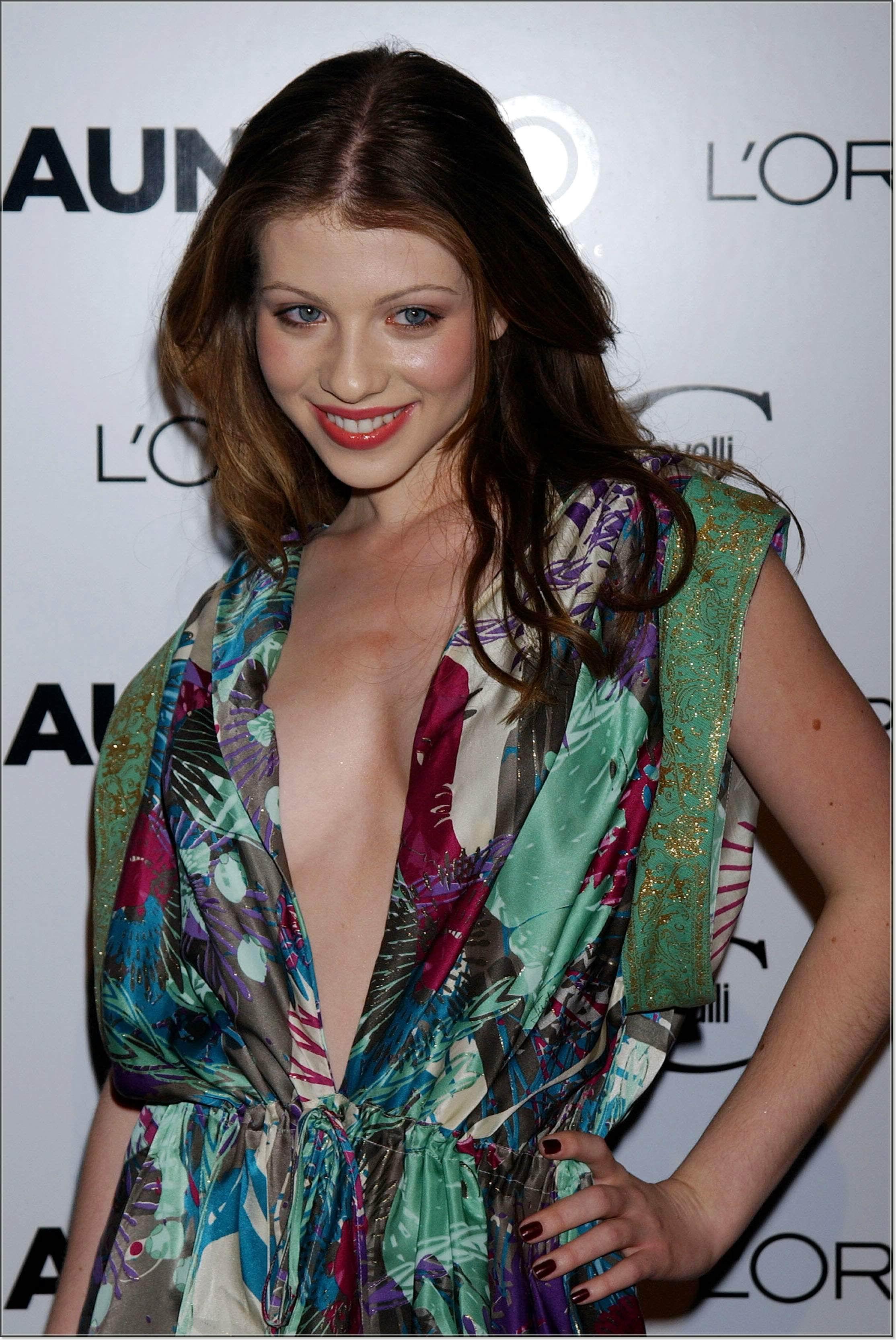 Michelle Trachtenberg desnuda - Fotos y Vdeos