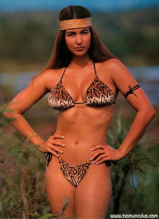 sexy bikini girls topless