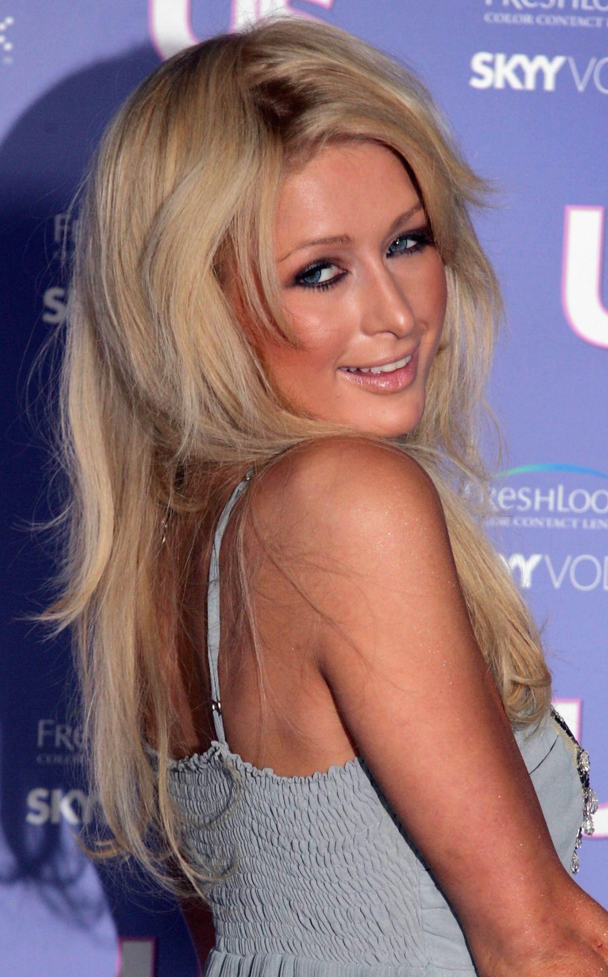 Vdeo porno de Paris Hilton desnuda y follando iPorno