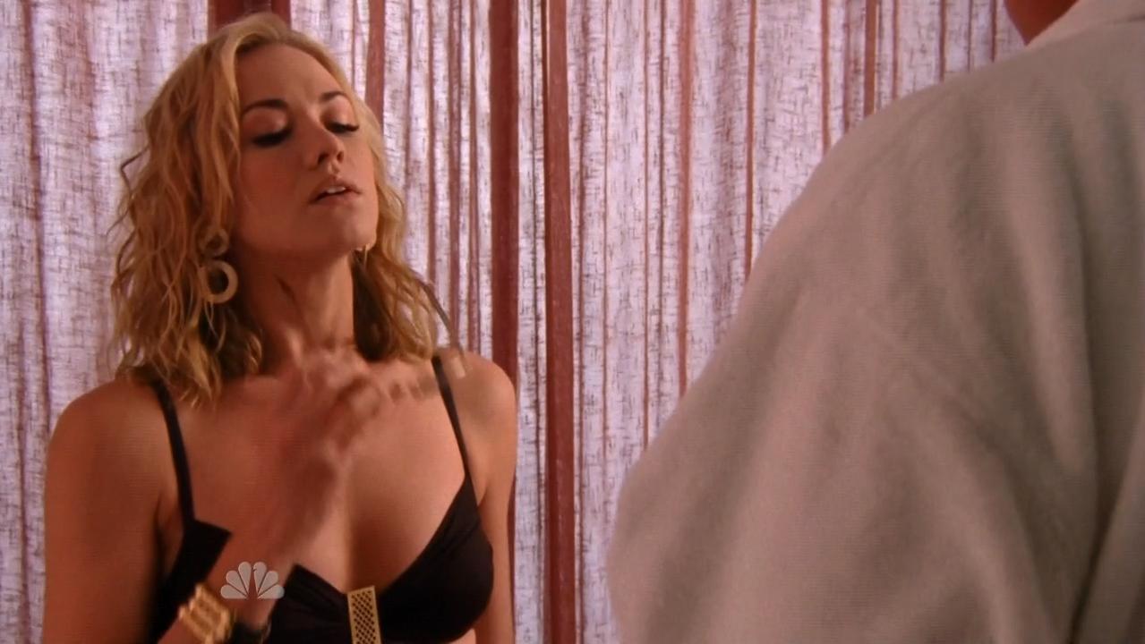 Yvonne strahovski desnuda fotos