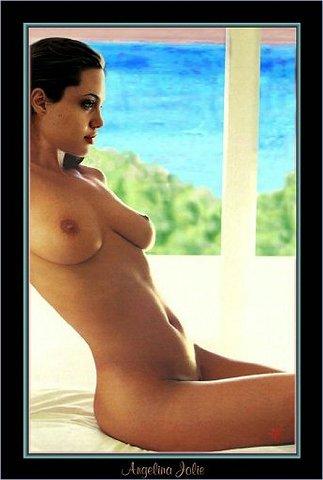 Angelina Jolie en bolas (impresionantes fakes)